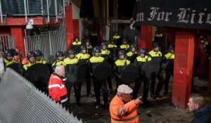 Moeten motorclubs verboden worden in Nederland?