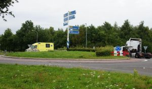 Motor botst met vrachtwagen in Roswinkel – RTV Drenthe