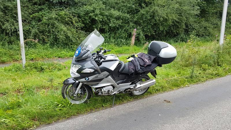 Zuidwolde: Motorrijder onderuit op Slagendijk