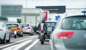 Bonnenregen voor motorrijders